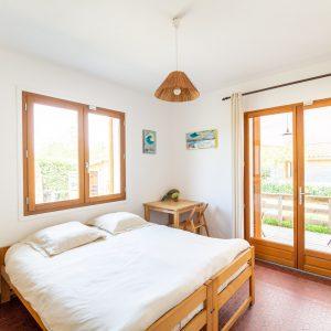 Chambre double villa tiki vue intérieure